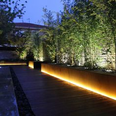 Outdoor patio lights led 34 Ideas for 2019 Driveway Lighting, Backyard Lighting, Patio Lighting, Exterior Lighting, Landscape Lighting Design, Outdoor Light Fixtures, Backyard Landscaping, Outdoor Gardens, Pergola