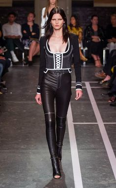 Givenchy - PFW Spring/Summer 2015 - www.so-sophisticated.com