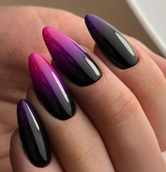 Trendlack: 20 Farben des Nagellack-Trends 2018 – Paznokcie, You can collect images you discovered organize them, add your own ideas to your collections and share with other people. Black Nail Designs, Acrylic Nail Designs, Stylish Nails, Trendy Nails, Cute Acrylic Nails, Cute Nails, Almond Acrylic Nails, Hair And Nails, My Nails