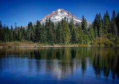 Mirror Lake Oregon. Mt Hood Hiking and Camping