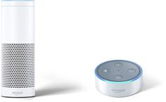 Den tado° Heizkörper-Thermostat können Sie auch per Sprachfunktion steuern. Aktuelle funktioniert das ziemlich gut mit dem Amazon Echo (links) und Amazon Echo Dot (rechts).