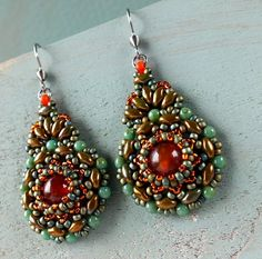 Free Kashmir Earrings pattern from BeadSmith - http://beadsmith.com/publicprojects/freeproj_superduos.htm