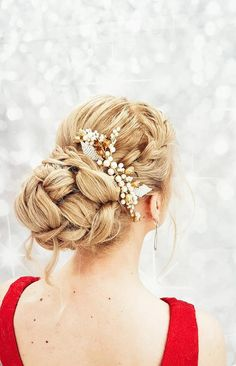 96b45e8e Bridal Hair Comb > Bridal hair comb with gold flowers and ivory pearls Buy  from e-shop