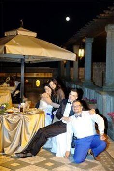 Gli sposi, la wedding planner e il cantante : The Bride, the groom, the wedding planner and the singer