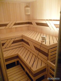 People have been enjoying the benefits of saunas for centuries. Spending just a short while relaxing in a sauna can help you destress, invigorate your skin Sauna House, Sauna Room, Modern Small House Design, Bathroom Design Small, Saunas, Wood Spa, Sauna Heater, Outdoor Sauna, Sauna Design