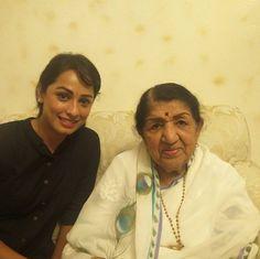 Ansha Sayed with Lata didi