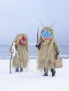 Pитуальные костюмы Японии http://artlabirint.ru/pitualnye-kostyumy-yaponii/ Традиционные ритуальные костюмы Японии, призванные отпугивать засуху, тайфуны и другие природные явления. {{AutoHashTags}}
