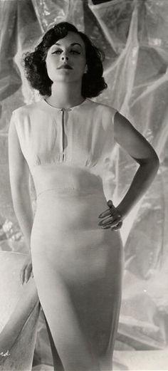 Paulette Goddard, 1936 (detail) // George Hurrell (II)