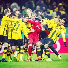 #dfbpokal #bvb #dortmund #borussiadortmund #berlin #hertha #herthabsc #signalidunapark #heimspiel #matchday #spieltag #feiertag