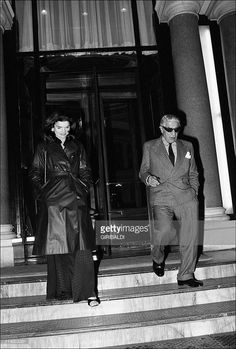 Jackie and Aristote Onassis In Monaco city, Monaco On February and Aristote Onassis leaving the Hotel de Paris. Get premium, high resolution news photos at Getty Images Jackie Oh, Jaqueline Kennedy, Los Kennedy, Jacqueline Kennedy Onassis, Jfk Jr, Long Time Friends, Famous Couples, Interesting Faces, Monaco