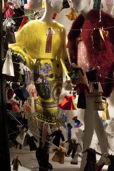 Bergdorf Goodman Petite laundry considerations - David H