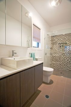 Caesarstone Quartz and Concetto Gallery Feature Tiles, Tile Floor, Bathtub, Design Inspiration, Flooring, Highlands, Bathroom, Gallery, Southern