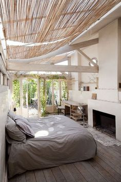 Seeing as I'm living in a studio apartment, right now having a bedroom of any kind would be a dream. But if I'm dreaming I'd prefer to dream big, and any one of these gorgeous spaces would totally hit the spot.