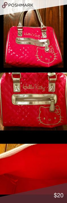 Small pink hello kitty purse Very cute small pink hello kitty purse. No rips or stains. Hello Kitty Bags Mini Bags