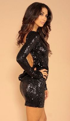 I want to wear this on New Years next year...