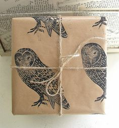 Barn Owl Rustic Bird Christmas Gift Wrap - One Sheet. £2.50, via Etsy.