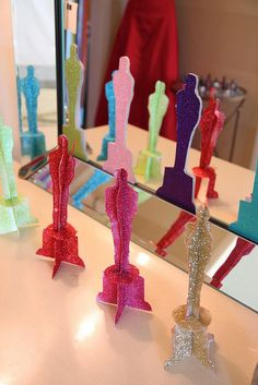 oscar party - glittered oscar statuettes
