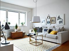 Cosy living room with beautiful rug