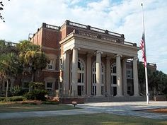 Glynn County Courthouse in Brunswick