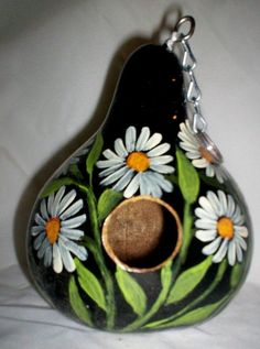 White Daisies on Midnight Black Hand Painted Gourd birdhouse Garden Yard/Art Hand Painted Gourds, Decorative Gourds, Decorative Bird Houses, Bird Houses Painted, Gourds Birdhouse, Birdhouses, Creative Flower Arrangements, Amazing Pumpkin Carving, Cardboard Art