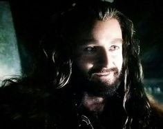 His smile was wonderful. This part with the acorn was so sad - it was the only time we got to see real Thorin in his home.