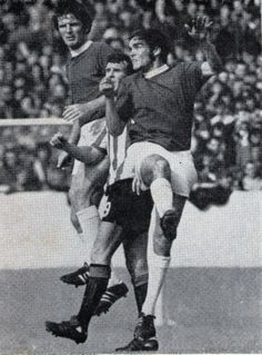 Brian Labone and young wing half Terry Darracott cutting out any danger from the Blades, Everton v Sheffield United France Euro, Sheffield United, Everton Fc, Northern Ireland, Croatia, Belgium, Germany, England, Action
