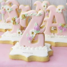 "Cookie cutters "" The English alphabet "" 26 pcs 10 cm Fancy Cookies, Iced Cookies, Royal Icing Cookies, Cupcake Cookies, Sugar Cookies, Cupcakes, Nutella Biscuits, Cookies Et Biscuits, Alphabet Cookies"