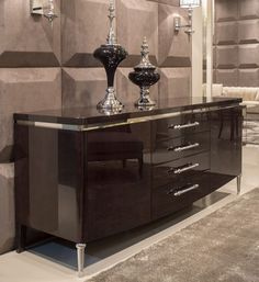 Amazing modern and luxurious sideboards you have to see and get inspired by | www.bocadolobo.com #bocadolobo #interiordesign #sideboards #cabinets #luxury #luxuryfurniture #luxurious #modernsideboards #moderncabinets #buffets #contemporarydesign #roomdesign #entryway #livingroom #statementpiece #uniquepieces #creativedesign #sittingroom