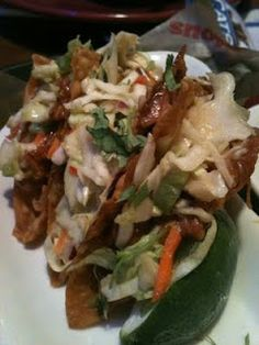Applebee's Copycat Recipes: Chicken Wonton Tacos... I love these tacos.  Very light