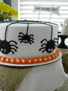 Spider Cake For Trey Trey is having his 4th birthday & his mother thought a Halloween-ish cake would be super fun. Agreed.