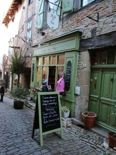 Auberge Lion d'Or - South of France - Bed & Breakfast