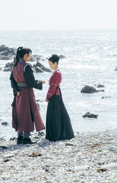 "Scarlet Heart: Ryeo on Twitter: ""#MoonLovers #ScarletHeartRyeo SBS PD Note - photos from episodes 10-11 https://t.co/IhwP5vCCaL #달의연인_보보경심려 https://t.co/RmwEQcWb5A"""