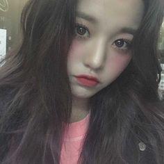 Kpop Girl Groups, Kpop Girls, Sweet Girls, Cute Girls, Jang Wooyoung, Peach Makeup, Forever Girl, Nancy Momoland, Fandom