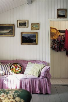mandarine: Nordic Style [Helle HØgsbro house]