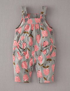 Mini Boden Baby Brand New Jersey Dungarees Grey Apples & Pears Cotton Baby Outfits, Little Girl Dresses, Kids Outfits, Girls Dresses, Little Girl Fashion, Fashion Kids, My Baby Girl, Baby Baby, Baby Girls
