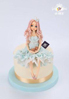 周毅 Fondant Toppers, Fondant Cakes, Cupcake Cakes, Beautiful Cakes, Amazing Cakes, Cakes For Women, Dress Cake, Fondant Tutorial, Novelty Cakes