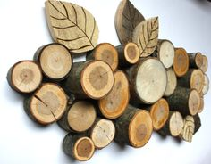 Branch And Pallet Wall Hanging - Wall Art - Topograpghy
