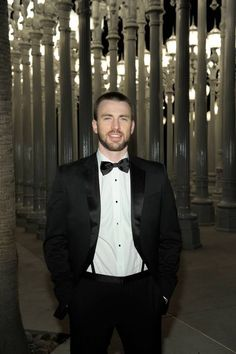 Chris Evans | So handsome <3<3<3 -B.R.
