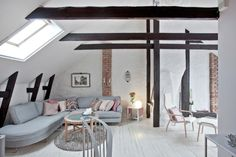 exposed black beams for an contrasting rustic look