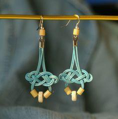Denim / Zboží prodejce U Pihulky Wood Earrings, Diy Earrings, Unique Earrings, Polymer Clay Earrings, Earrings Handmade, Handmade Jewelry, Textile Jewelry, Macrame Jewelry, Wire Jewelry