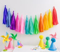 Garland with fringes or tassels with crepe paper - manualidades - Crepe Paper Decorations, Birthday Decorations, Crepe Paper Crafts, Diy And Crafts, Arts And Crafts, Tulle Poms, Origami, Happy B Day, Baby Birthday