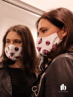 Schritt-für-Schritt Anleitung mit Schnittvorlage zum herunterladen, um eigenen Nasen-Mund-Schutzmaske zu nähen. Plus kreative Ideen, um individuelle Masken zu erstellen. Fashion Beauty, Halloween Face Makeup, Brunettes, Designer, Instructions, Diy, Sewing, Simple, Protective Mask