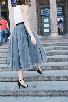 This Gorgeous and Feminine Tulle Skirt can be made in ANY color, length, or size. The lining and waistband of this beautiful skirt is crafted with a soft satin fabric of the same or contrasting color as the tulle. The satin waistband is flat with zipper and hook/eye closure in back and elastic can be added to the waistband, upon request. (no extra cost) These custom handmade skirts are perfect for any occasion and versatile enough to go from casual to formal. Dress it down with a denim ...