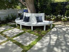 Garden Landscape Design, Garden Landscaping, Outdoor Sofa, Outdoor Furniture Sets, Outdoor Decor, Built In Garden Seating, Fun Projects, Pergola, Construction