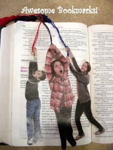 Homemade bookmarks using pics of your kids. Simply tell them to pose for a picture like they're hanging from a rope, and they don't need anymore direction!