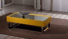 A Mesa de Centro Antares possui tampo espelhado e sua estrutura é em alumínio. Disponível em outras medidas e acabamentos. Medidas: 110 x 35 x 55cm. http://www.moradamoveis.com/