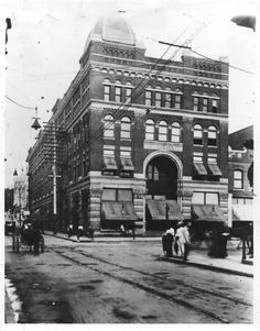 Loveman and Co. (Loveman's) Market Street Chattanooga, Tennessee ca 1893 Local History, Us History, American History, Downtown Chattanooga, Chattanooga Tennessee, Old Images, Back In The Day, House Tours, Street View