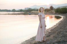 Amazing Sveta: Family photoshoot in Greece with teen girls Teen, Photoshoot, Woman, Wedding Dresses, Amazing, Fashion, Bride Dresses, Moda, Bridal Gowns