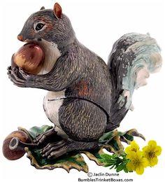 Trinket Box: Autumn Squirrel with AcornsTrinket Box