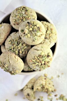 Pistachio Amaretti are a twist on the traditional Italian amaretti cookies, but with the addition of pistachios. Crisp on the outside and soft and chewy on the inside they are the perfect sweet treat with Italian Almond Cookies, Italian Cookie Recipes, Italian Desserts, Italian Foods, Almond Cakes, Ricotta Torte, Pistachio Cookies, Pistachio Biscotti, Soft Amaretti Cookies Recipe